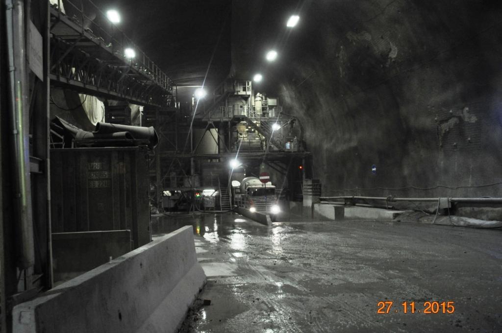 centrale di betonaggio interna al tunnel